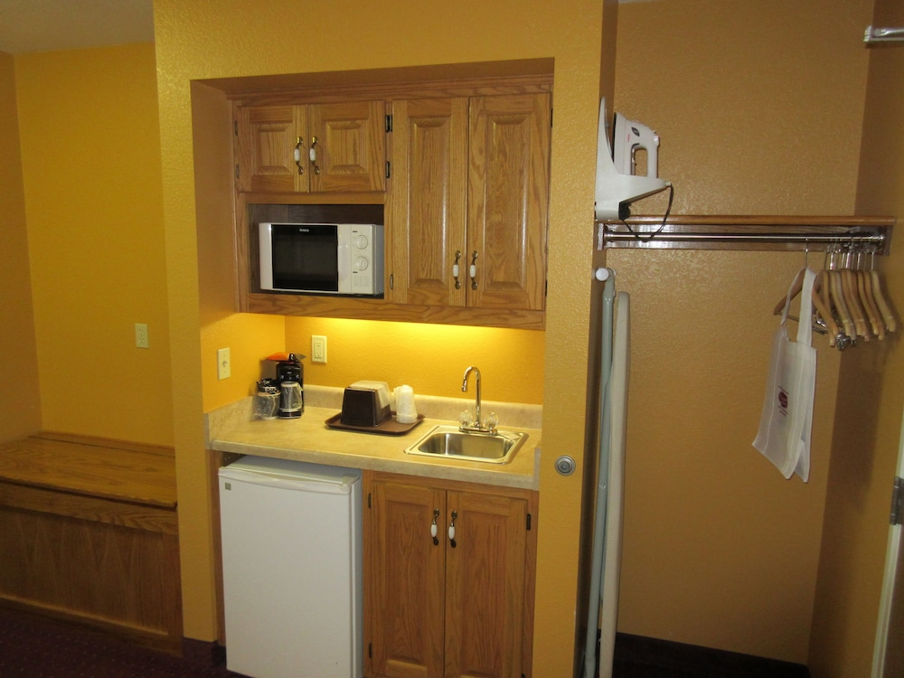 Private Kitchenette, Parkfield Inn