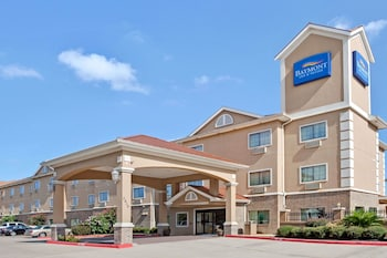 Baymont Inn and Suites Baytown