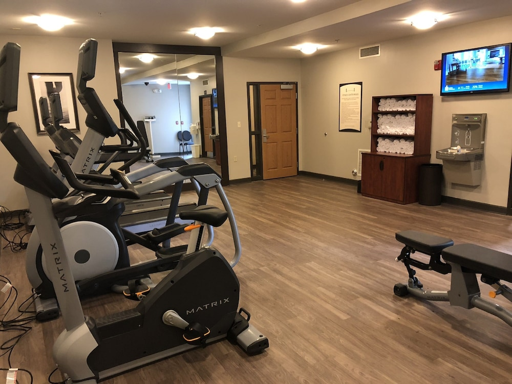Fitness Facility, Staybridge Suites Detroit Novi, an IHG Hotel