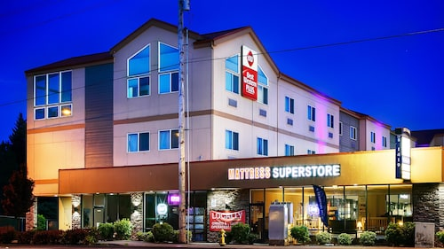 Great Place to stay Best Western Plus Battle Ground Inn & Suites near Battle Ground