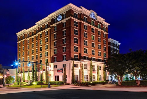 Check Expedia for Availability of Hilton Columbia Center