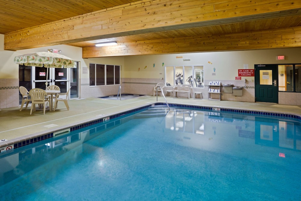 Indoor Pool, AmericInn by Wyndham Iron Mountain