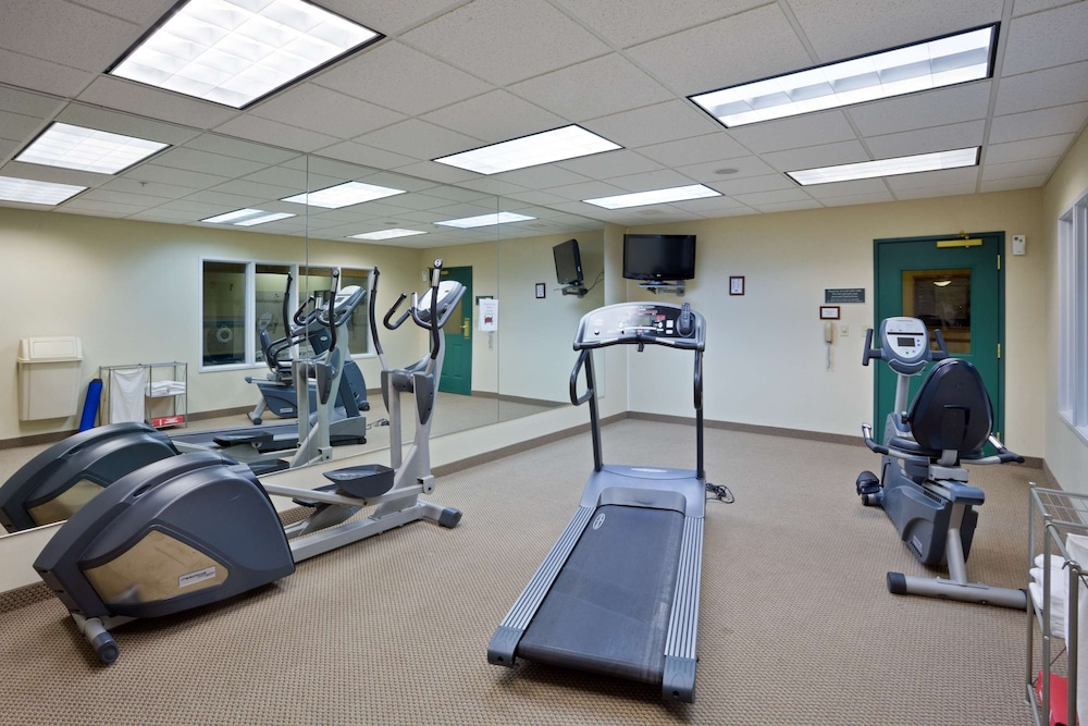 Fitness Facility, AmericInn by Wyndham Iron Mountain