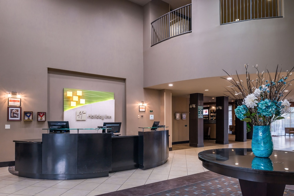Lobby, Holiday Inn Ontario Airport