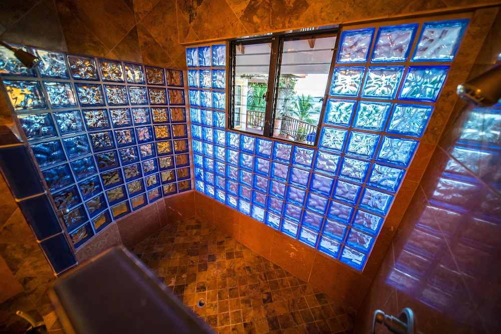 Bathroom Shower, Chabil Mar Luxury Villas - Guest Exclusive Beach Resort