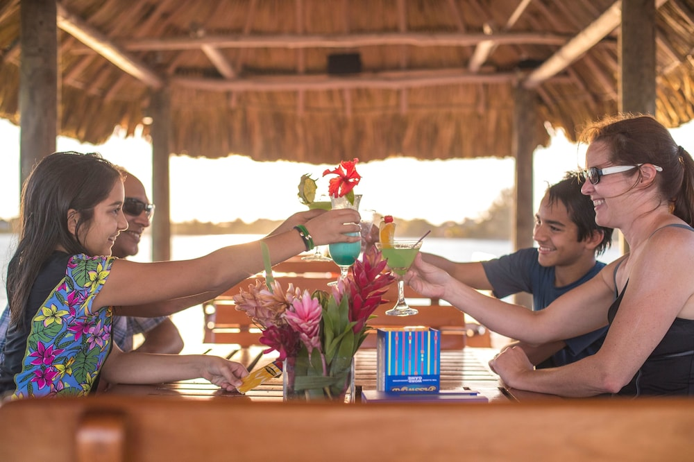 Restaurant, Chabil Mar Luxury Villas - Guest Exclusive Beach Resort