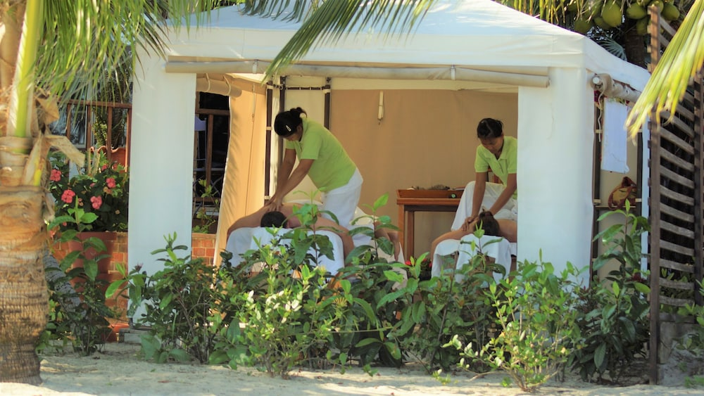 Massage, Chabil Mar Luxury Villas - Guest Exclusive Beach Resort