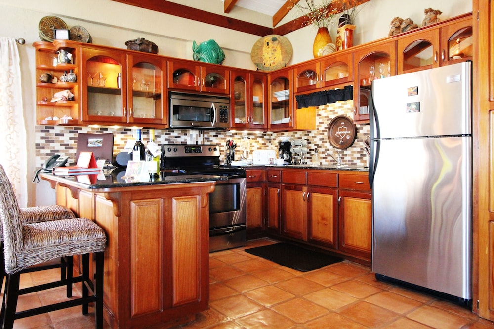 Private Kitchen, Chabil Mar Luxury Villas - Guest Exclusive Beach Resort