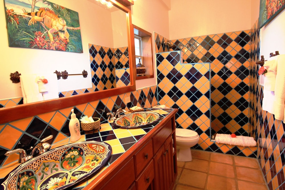 Bathroom, Chabil Mar Luxury Villas - Guest Exclusive Beach Resort