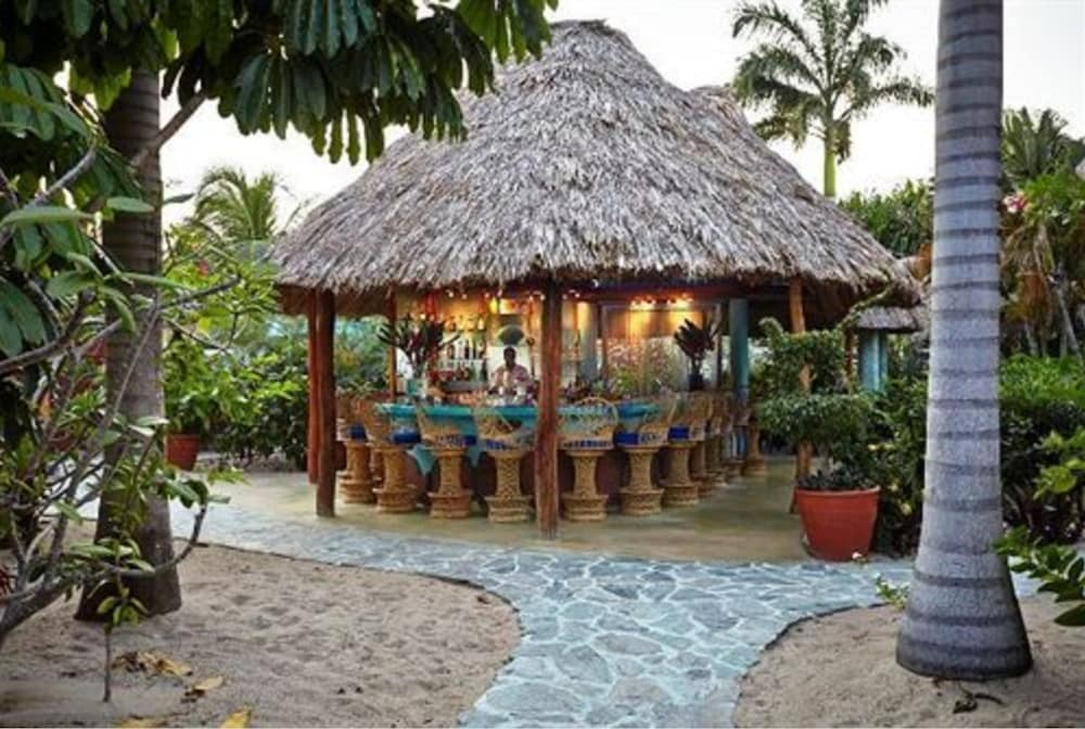 Bar, Chabil Mar Luxury Villas - Guest Exclusive Beach Resort