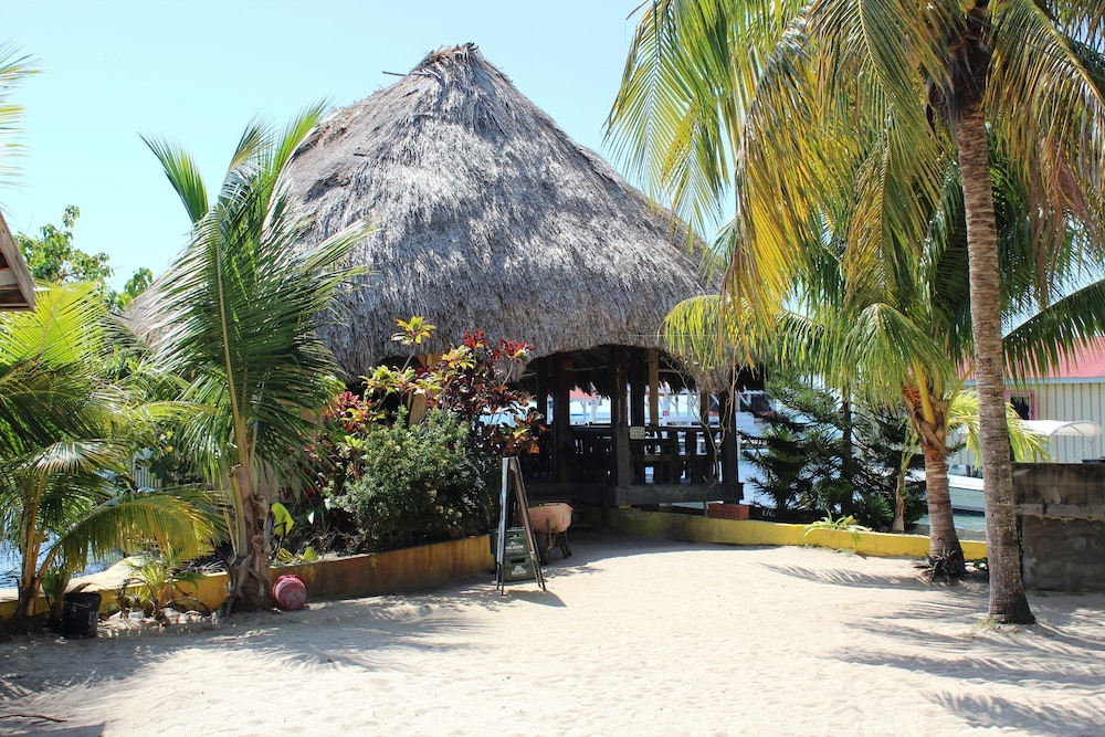 Beach Bar, Chabil Mar Luxury Villas - Guest Exclusive Beach Resort