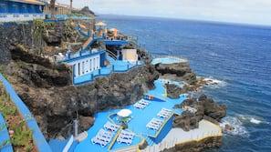 Private beach nearby, snorkelling, beach bar