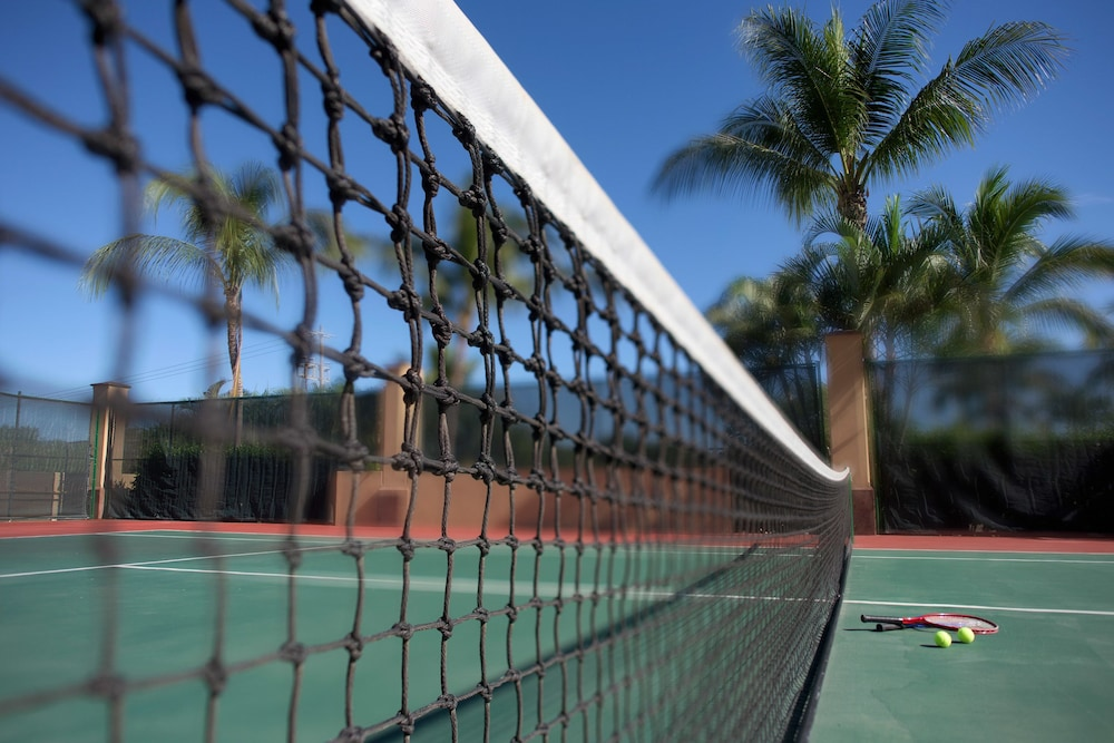 Tennis Court, Villa La Estancia Beach Resort & Spa Riviera Nayarit