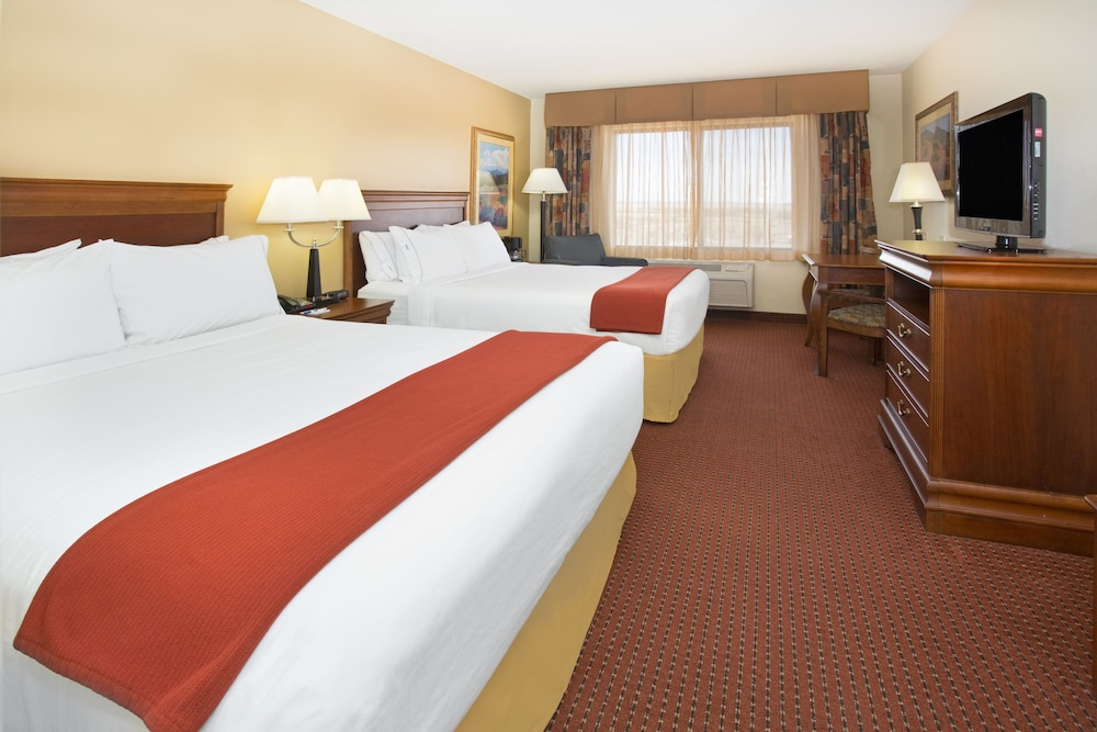 Room, Holiday Inn Express Hotel & Suites Las Vegas