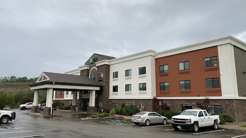 Holiday Inn Express Hotel & Suites Weston, an IHG Hotel