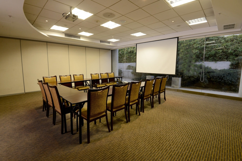 Meeting Facility, Holiday Inn Santiago - Airport Terminal