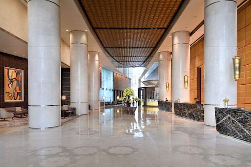 インターコンチネンタル ドバイ フェスティバル シティ  IHG ホテル