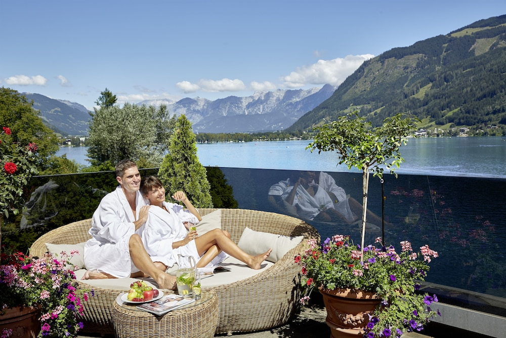zell am see jewish dating site Book your perfect gibraltar vacation rental with owner direct vacation rentals  zell am see: duplex - upper 1 bdr 1 ba  the jewish town and next to kampa island.