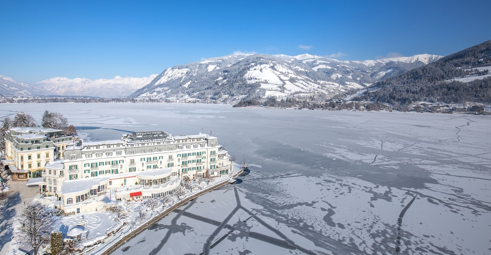 Aerial View, Grand Hotel Zell Am See