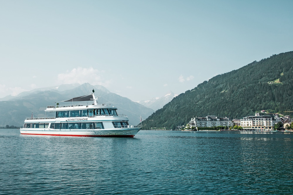 Boating, Grand Hotel Zell Am See
