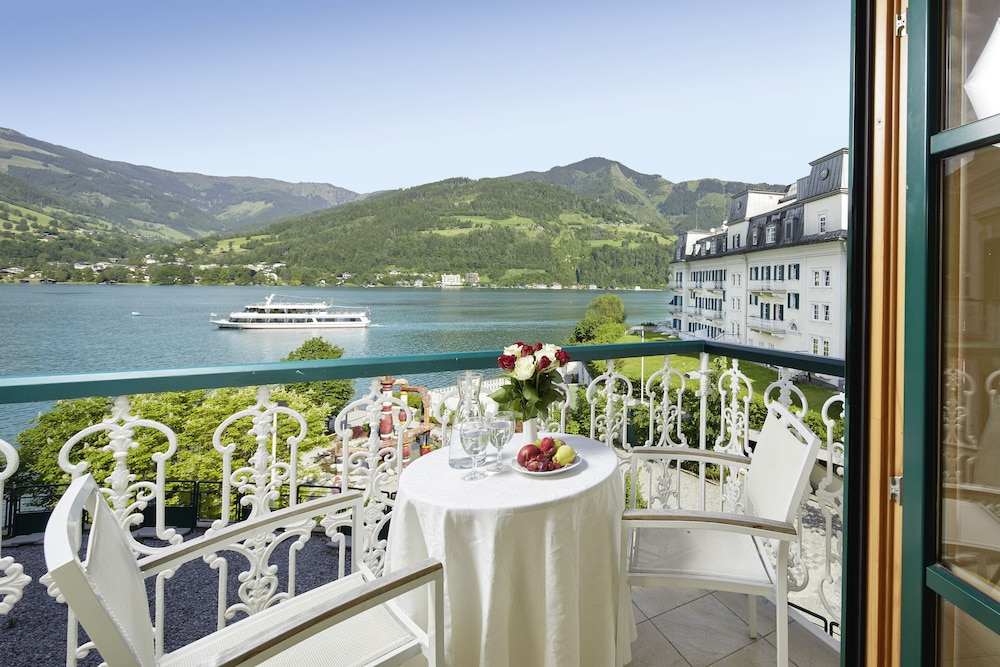 Grand hotel zell am see reviews photos rates for Designhotel zell am see