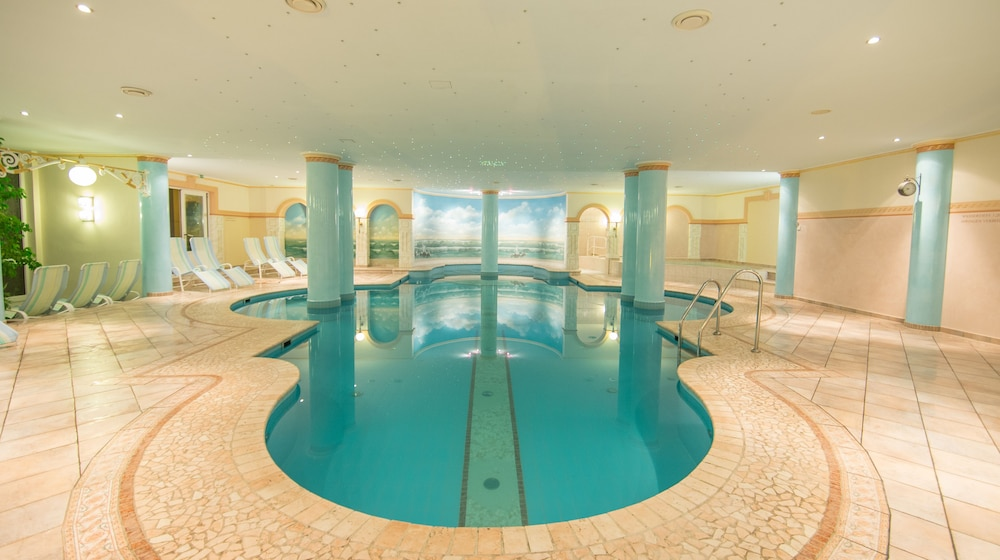 Indoor Pool, Grand Hotel Zell Am See
