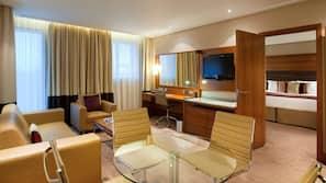 埃及棉床單、高級寢具、特厚豪華床墊、房內夾萬