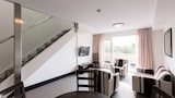 St Ives Apartments - Battery Point Hotels