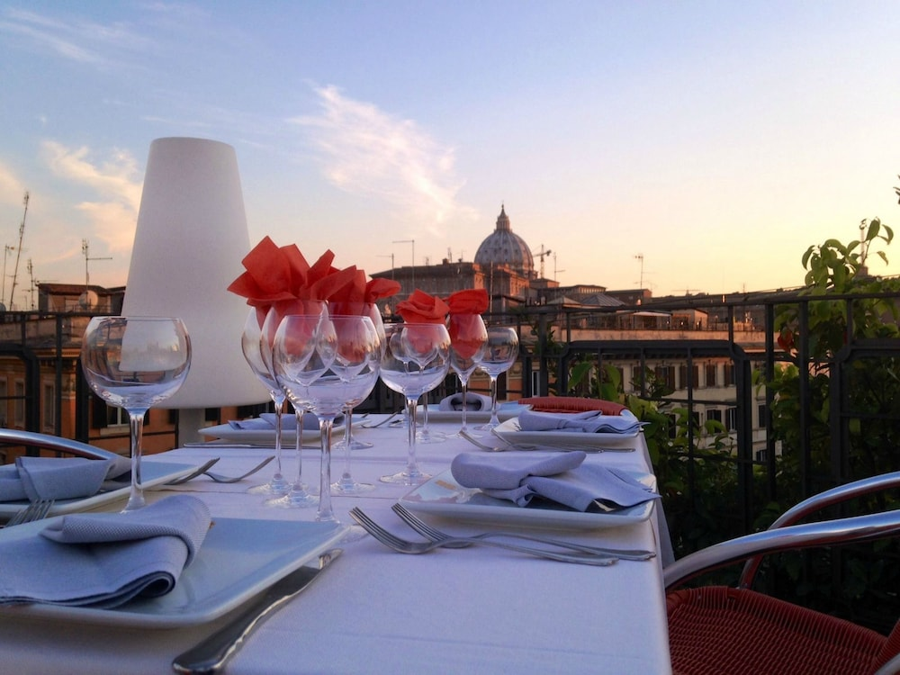 Book orange hotel rome hotel deals for Hotels orange