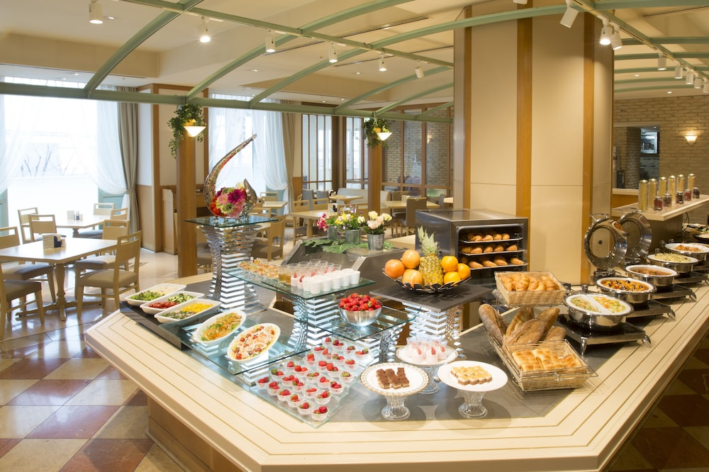 Breakfast buffet, Kansai Airport Washington Hotel