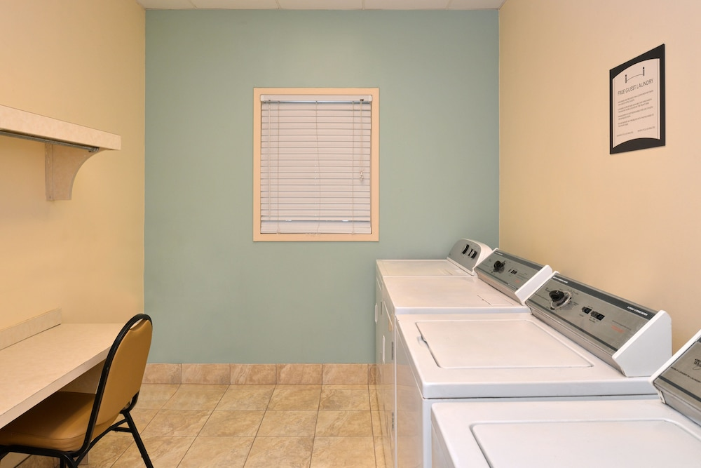 Laundry, Staybridge Suites Chesapeake
