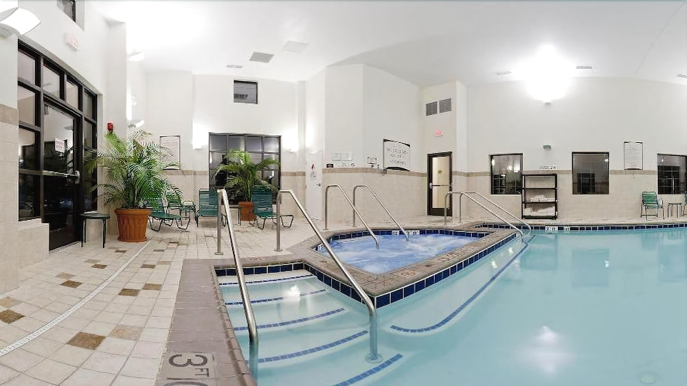Indoor Pool, Staybridge Suites Chesapeake