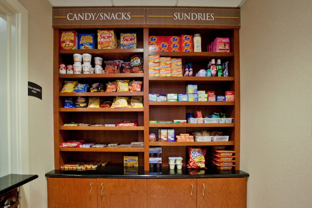 Gift Shop, Staybridge Suites Chesapeake
