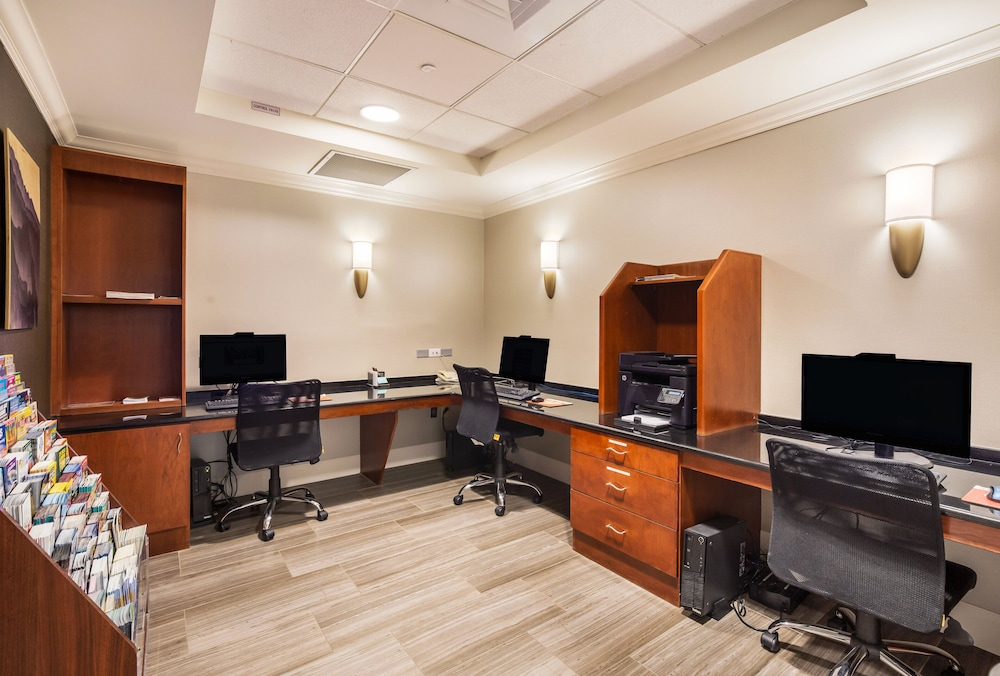 Business Center, Staybridge Suites Chesapeake