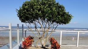 Beach nearby, beach cabanas