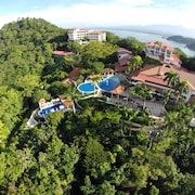 Hotel Parador Resort And Spa