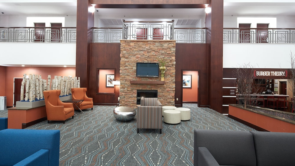 Lobby, Holiday Inn Hotel & Suites Stockbridge / Atlanta I-75