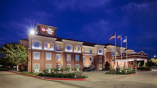 Great Place to stay Best Western Plus Duncanville/Dallas near Duncanville