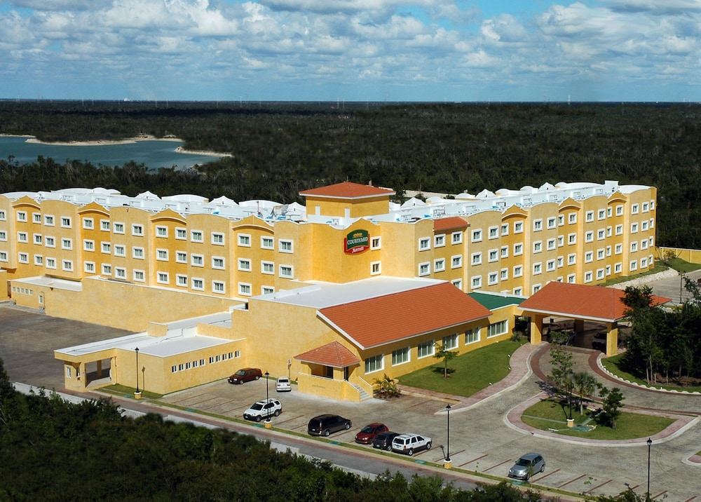 Aerial View, Courtyard By Marriott Cancun Airport