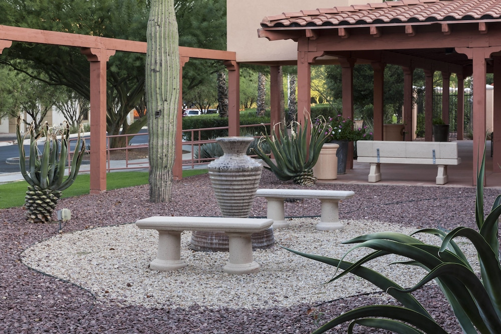Property Grounds, Residence Inn by Marriott Tucson Airport