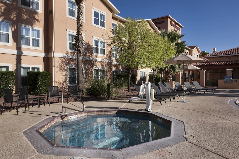 Outdoor Spa Tub, Residence Inn by Marriott Tucson Airport