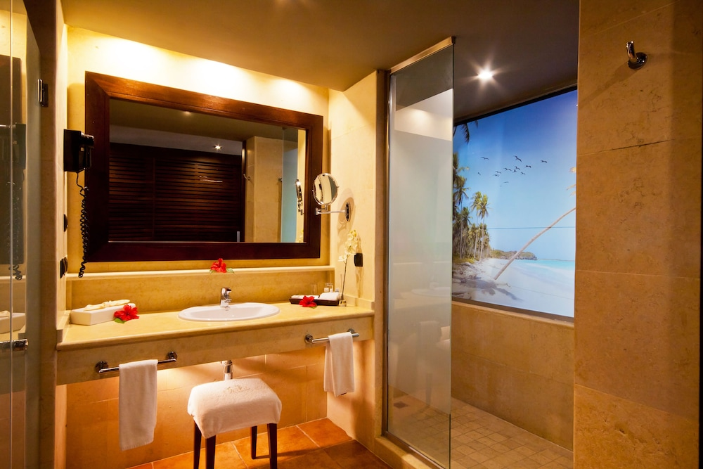 Bathroom, Catalonia Royal Bavaro - Adults Only - All Inclusive