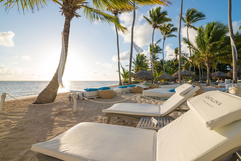 Pool, Catalonia Royal Bavaro - Adults Only - All Inclusive