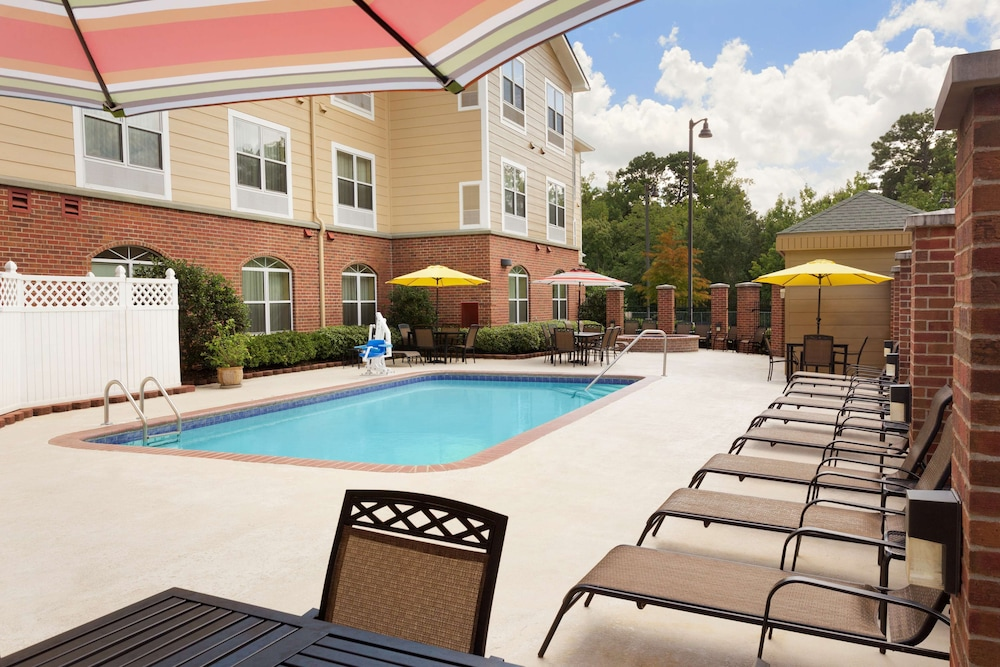 Outdoor Pool, Country Inn & Suites by Radisson, Pineville, LA