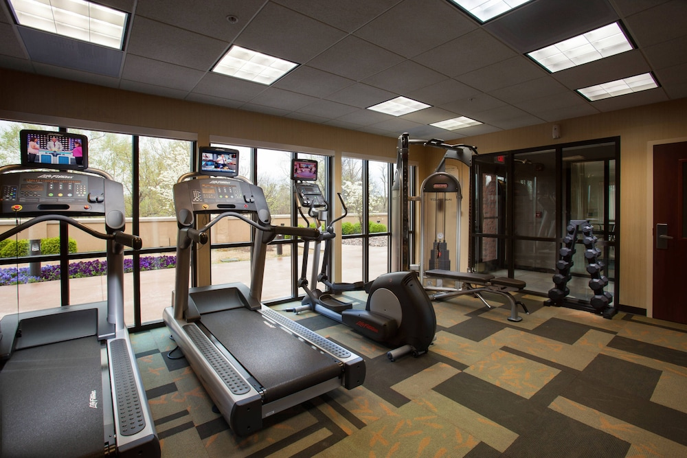 Sports Facility, Courtyard by Marriott Fayetteville