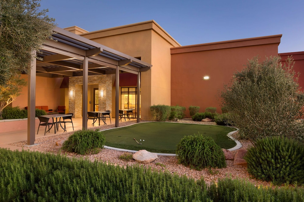 Courtyard, Homewood Suites by Hilton Las Vegas Airport