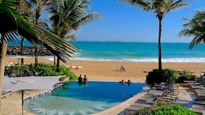 3 outdoor pools, free pool cabanas, pool umbrellas