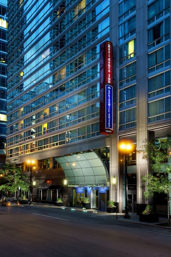 Downtown Chicago Hotels With Jacuzzis In Room From 114