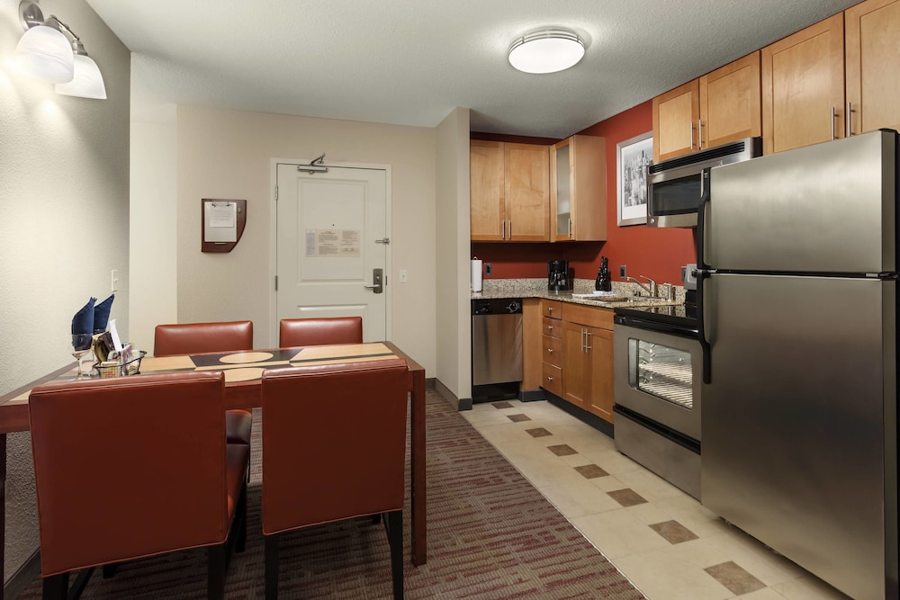 Private Kitchen, Residence Inn by Marriott Chicago Downtown / River North
