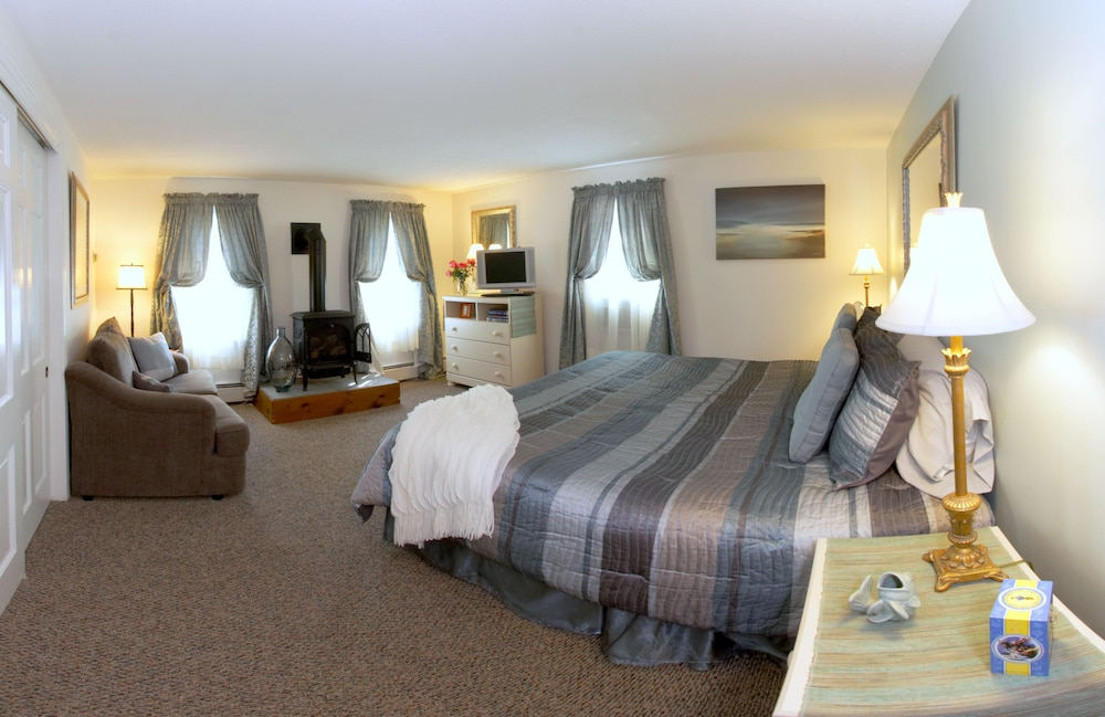 Room, Lamb and Lion Inn